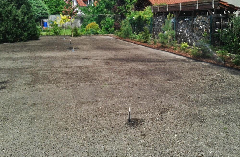 01przygotowanie ziemi pod trawnik